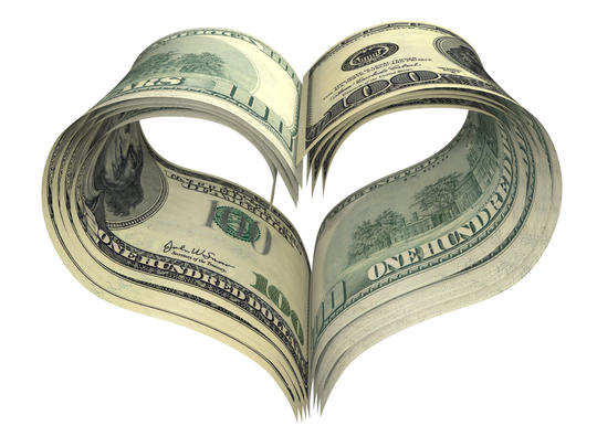 Pengesedler formet som et hjerte