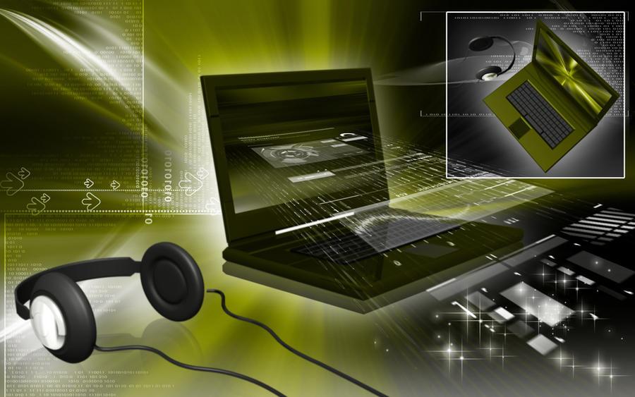 Laptop og hodetelefoner på et bord.